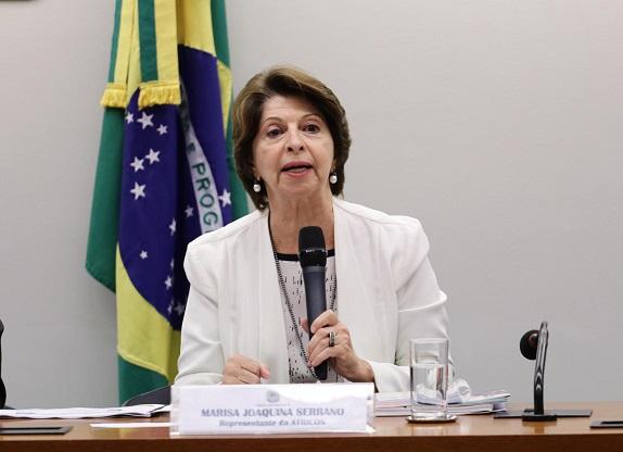 Marisa Serrano representa Atricon em audiência pública sobre educação no Congresso