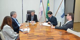 Tribunal de Contas do Espírito Santo e Abin firmam termo de cooperação na área de inteligência da informação
