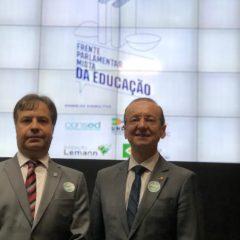Lançada Frente Parlamentar Mista da Educação