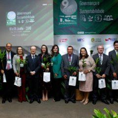 Gestão e políticas públicas na educação e o desenvolvimento sustentável nas cidades encerram 9º Fórum TCE e Jurisdicionados