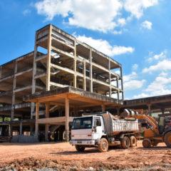 TCE-SP: Estado de SP possui 149 obras paradas ou atrasadas na Saúde; contratos somam mais de R$ 270 milhões